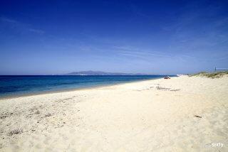 plaka-beach-06