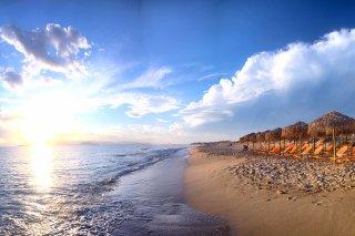 plaka-beach-(5)