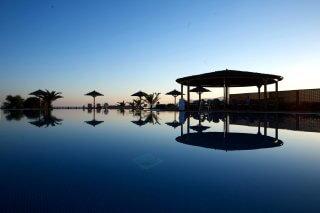 plaza-beach-plaka-hotel-0