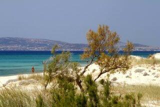 plaka-beach-03